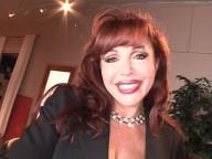 Vidéo porno mobile : Vanessa gobeuse de couilles et buveuse de foutre